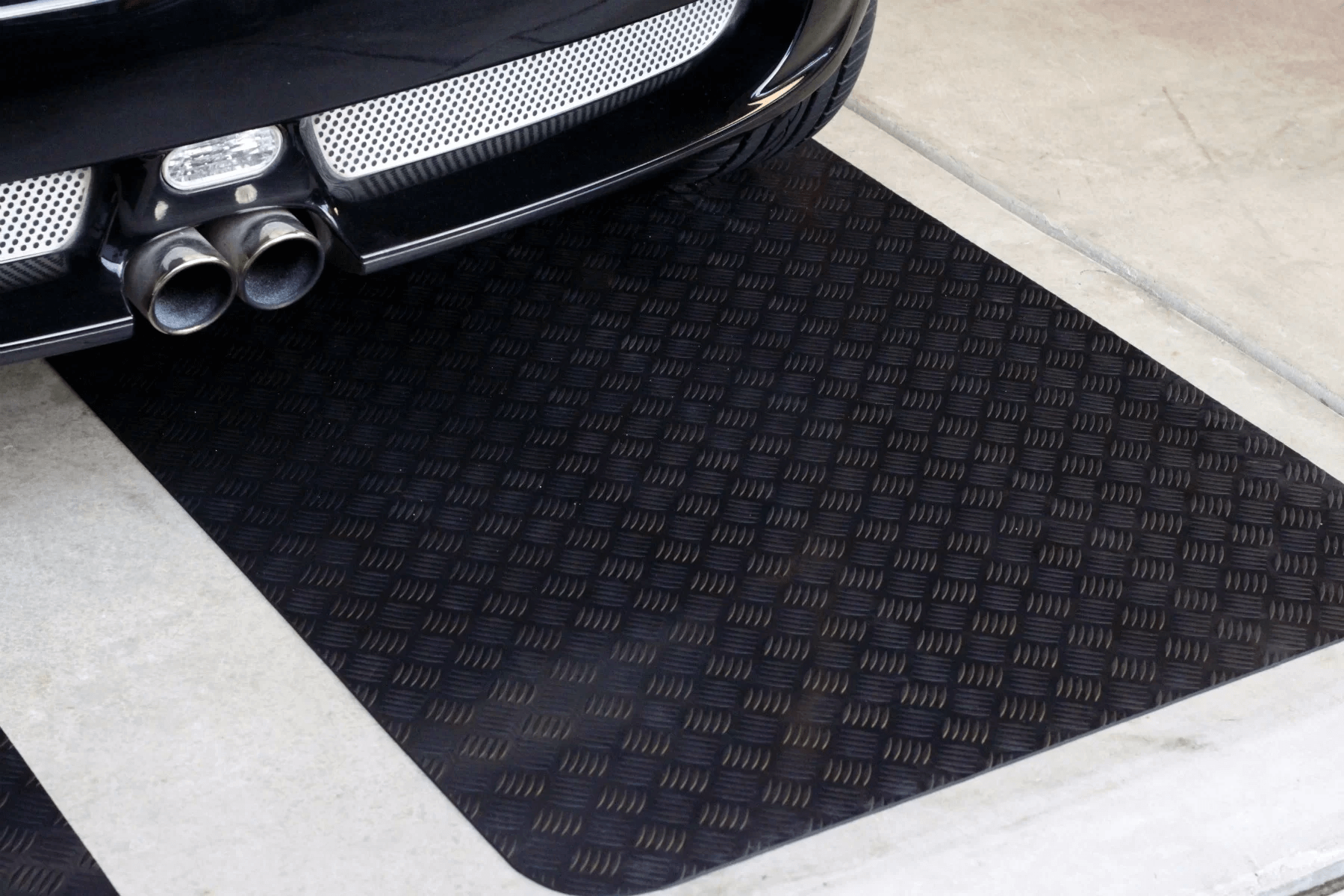 GARAGE FLOOR MATS OPTIONS