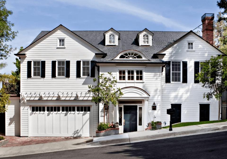 HOLLYWOOD GARAGE DOOR DESIGN IDEAS