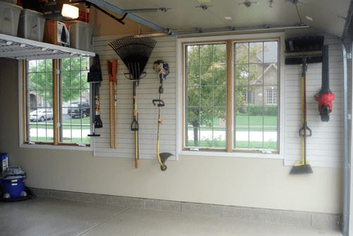 WALL SPACE SMALL GARAGE APARTMENTS ORGANIZING IDEAS