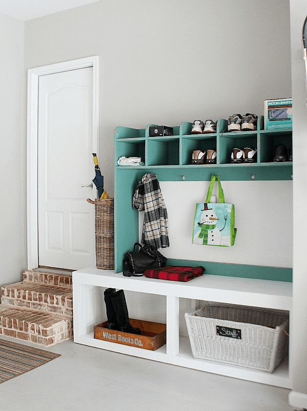 MUDROOM GARAGE STORAGE DECOR IDEAS