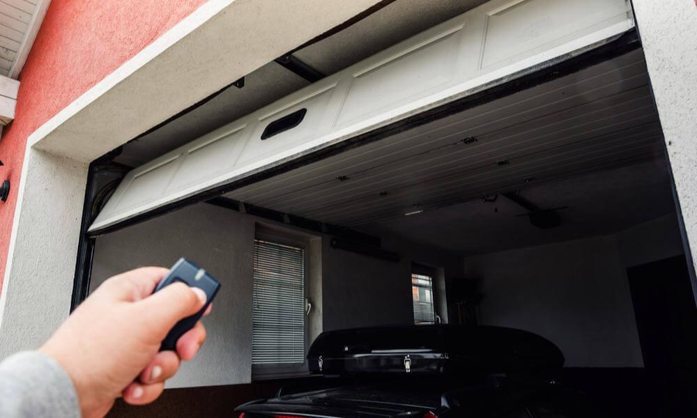 AUTOMATIC GARAGE DOOR MAKEOVER IDEAS