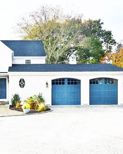 BEACH STYLE FUN DIY GARAGE DOOR MAKEOVER IDEAS