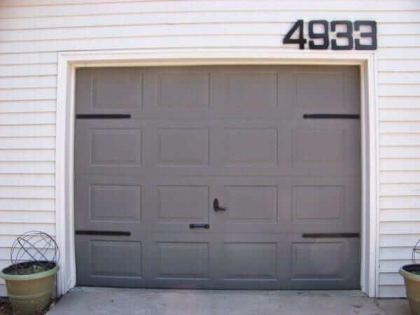 MATCHING HOUSE NUMBERS DIY GARAGE DOOR MAKEOVER IDEAS