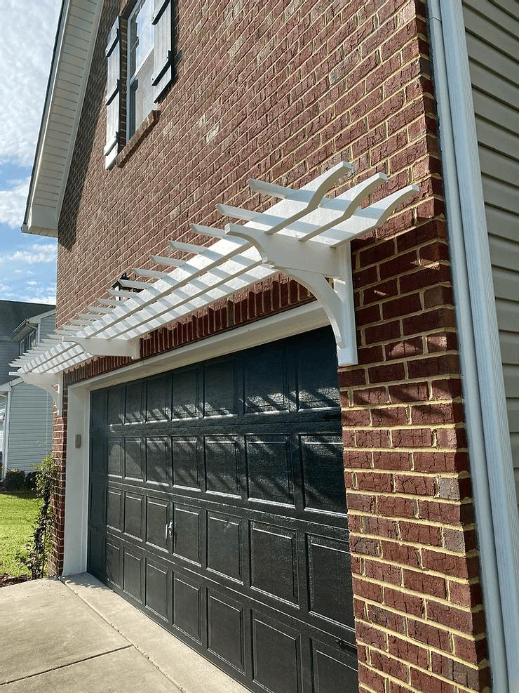 PERGOLA FOR DIY GARAGE DOOR MAKEOVER IDEAS