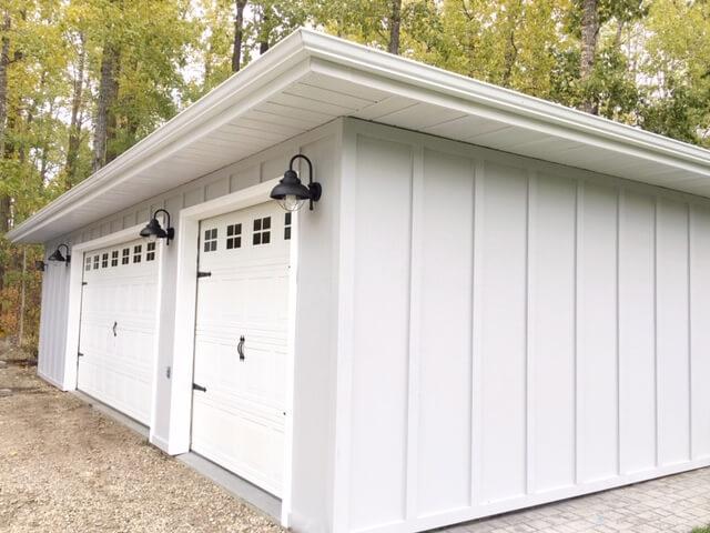 TWO SECTIONS DIY GARAGE DOOR MAKEOVER IDEAS