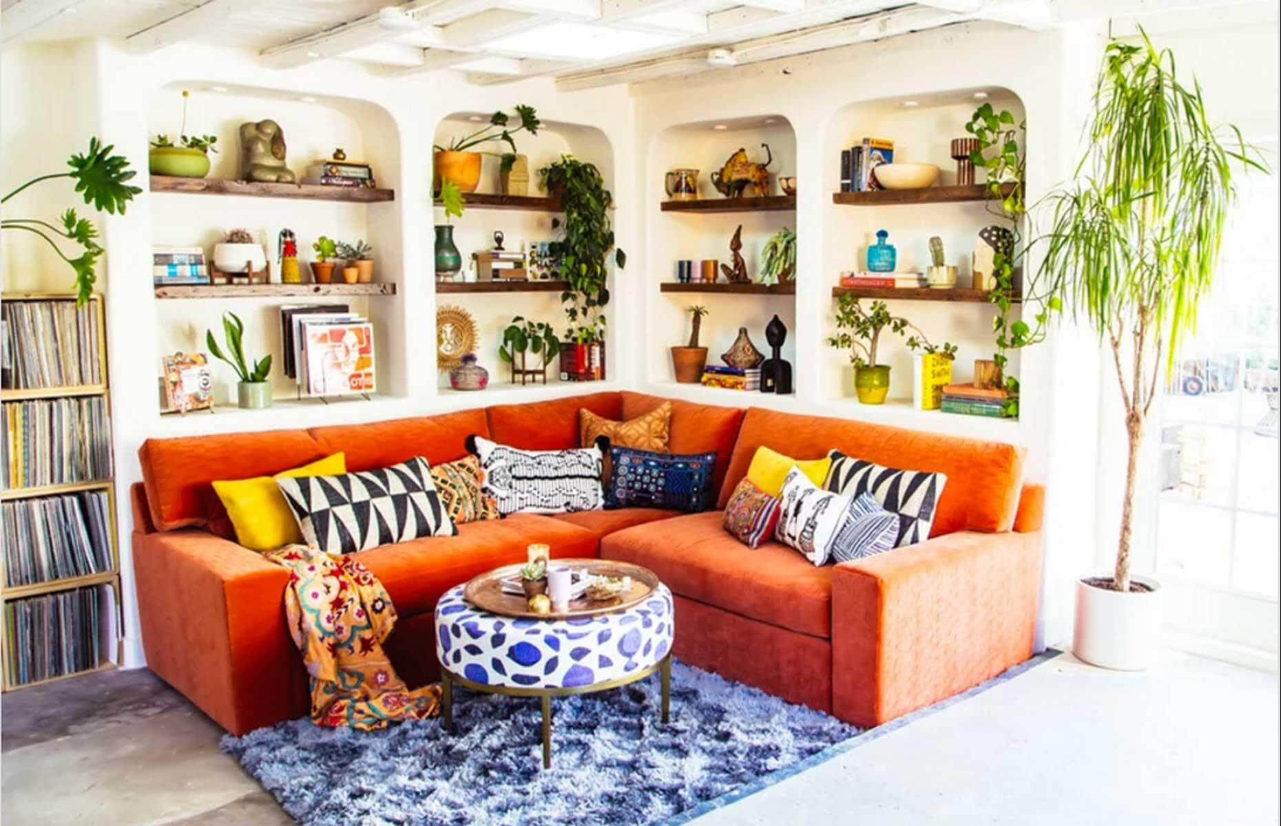 JUNGALOW GARAGE MAKEOVER LIVING SPACE IDEAS