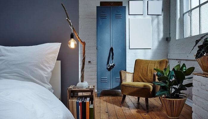 GARAGE CONVERSION IN TO BEDROOM IDEAS