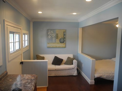 GARAGE MAKEOVER TO MODEST AND COZY BEDROOM IDEAS