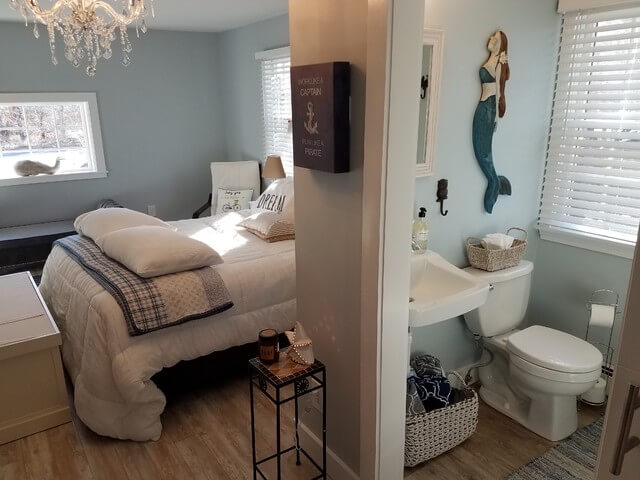 GARAGE MAKEOVER TO SINGLE BEDROOM AND A BATH IDEAS