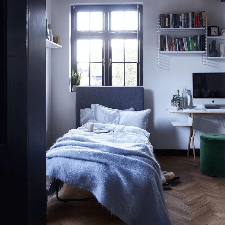GARAGE MAKEOVER TO SMALL BED AND STUDY BEDROOM IDEAS