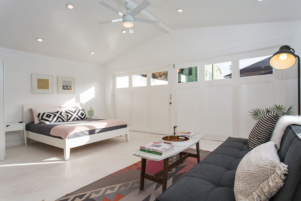 GARAGE MAKEOVER TO SPACIOUS BEDROOM WITH A LIVING SPACE IDEAS