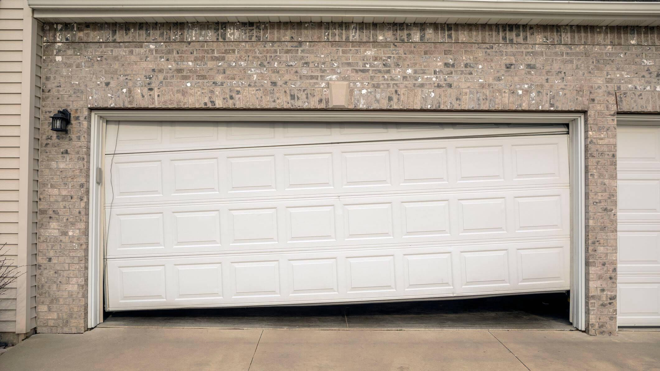 6 TIPS ON HOW TO FIX GARAGE DOOR