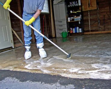 HOW TO CLEAN GARAGE FLOOR EASILY IMAGE BY DANLEYSGARAGEWORLD