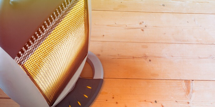 PLUG ON AN ELECTRIC SPACE HEATER
