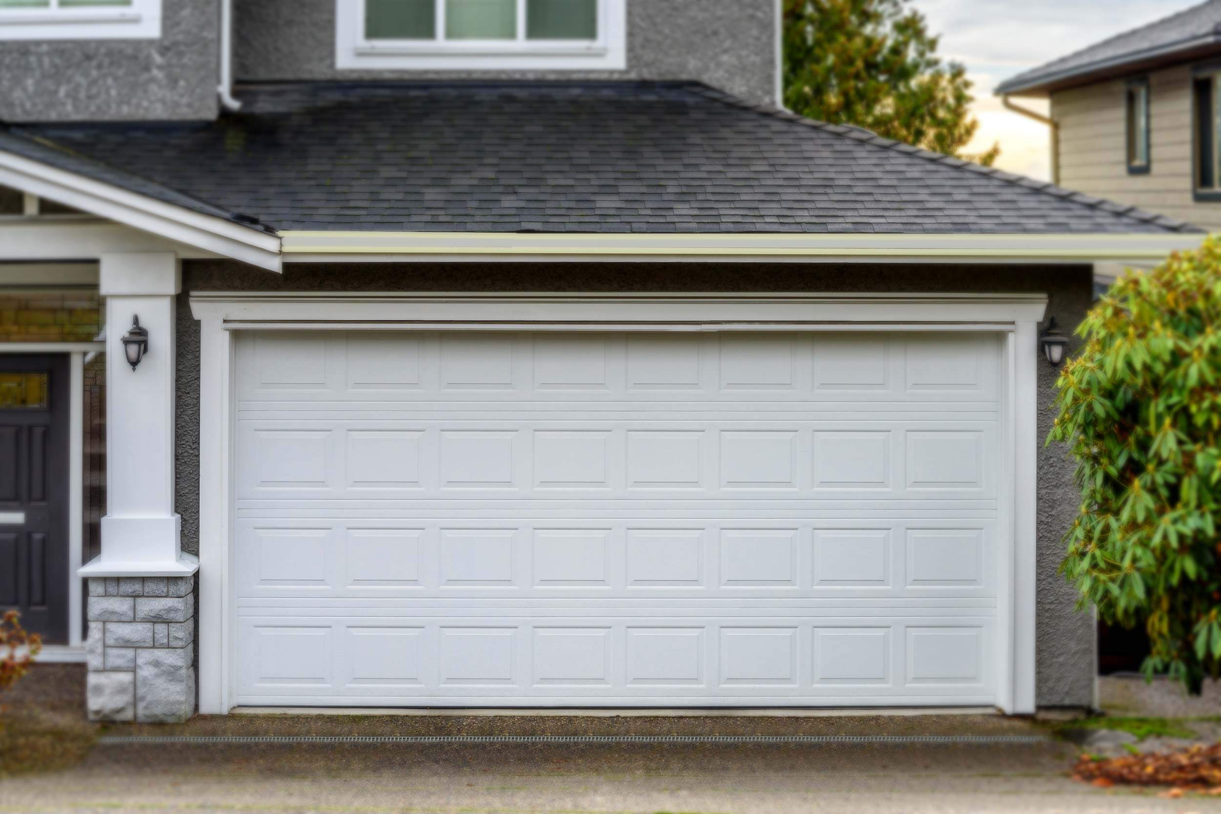 HOW TO REPLACE BATTERY REMOTE GARAGE DOOR