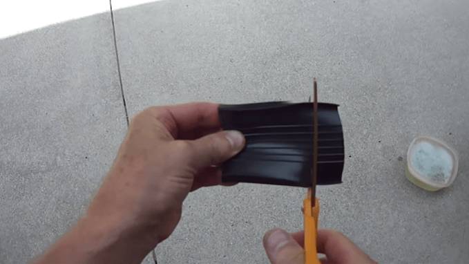 Measure the Seal and Cut the Excessive Parts