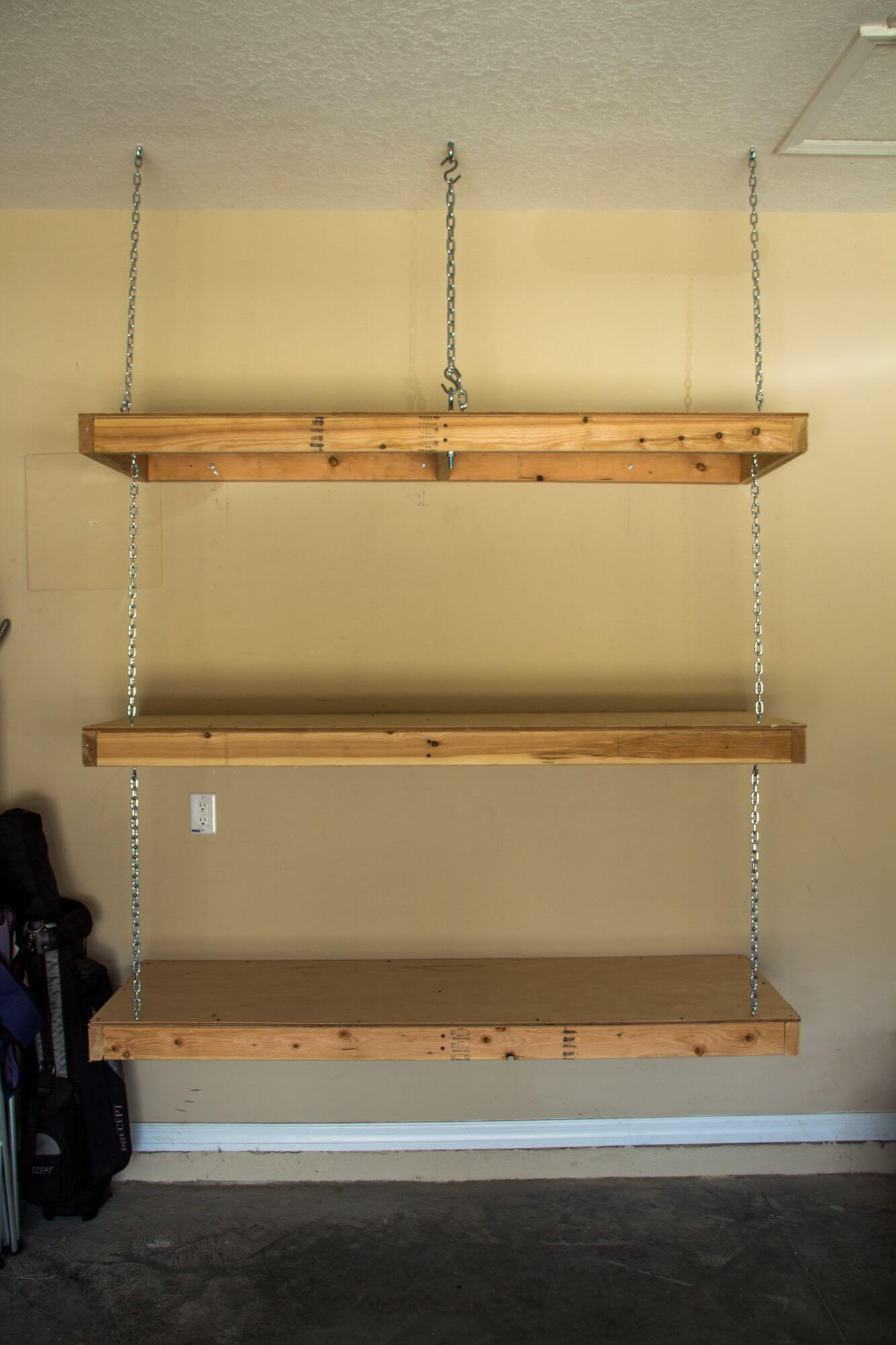 CHAIN HOOKED WALL MOUNTED GARAGE SHELVES