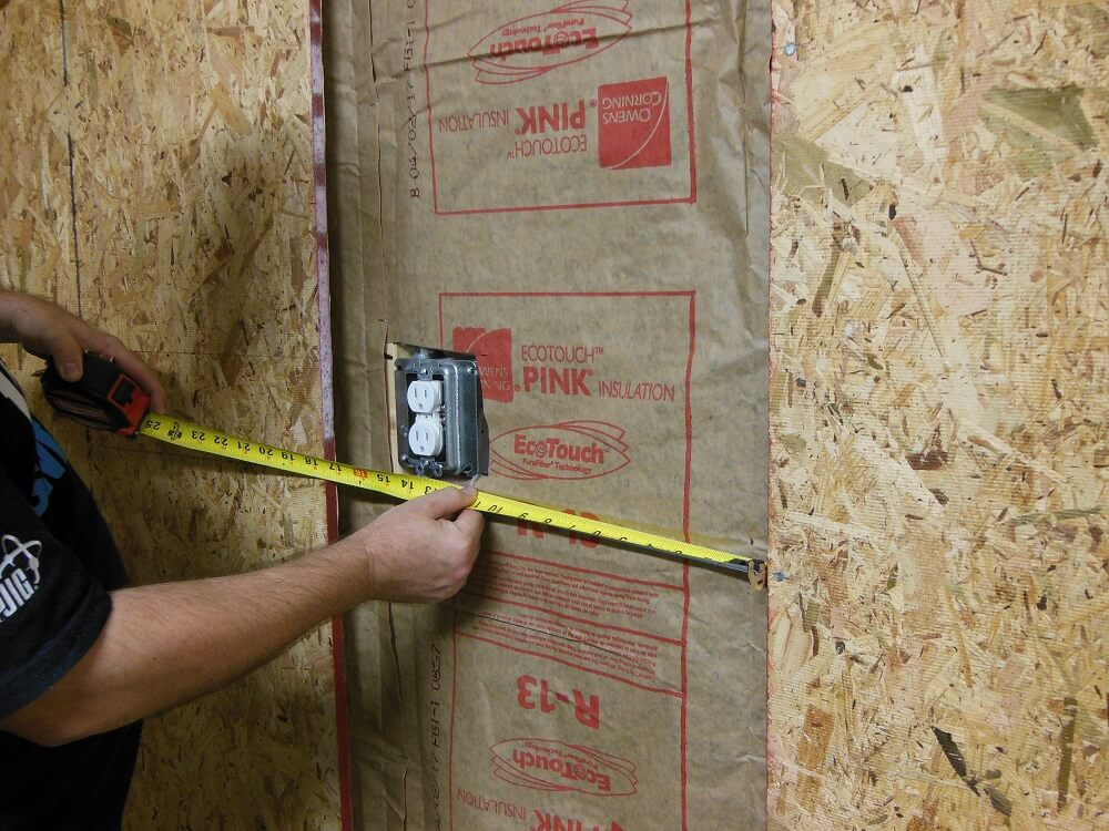 HOW TO BUILD WALL MOUNTED GARAGE SHELVES. 2. MEASURING THE AVAILABLE SPACE