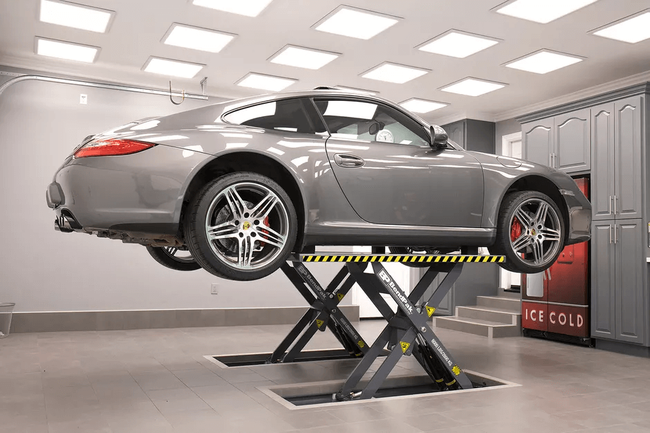 WHY CHOOSING PORTABLE CAR LIFTS FOR HOME GARAGE