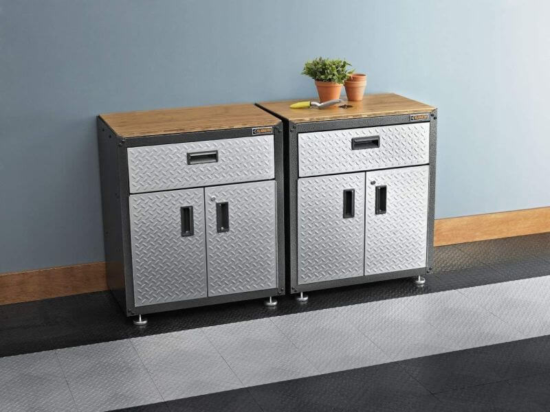 Ready-to-Assemble Cabinet from Gladiator is A Good Choice FOR GARAGE STORAGE SYSTEM