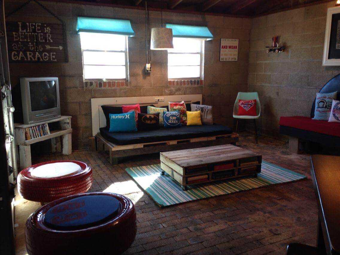 HANGOUT ROOM FOR YOUR TEEN IN THE BONUS ROOMS ABOVE GARAGE
