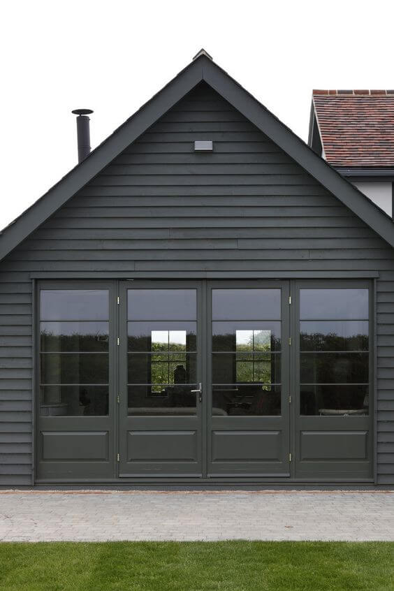 OUTSIDE GARAGE DECORATING IDEAS WITH CLEAR WINDOW TO SHOWCASE