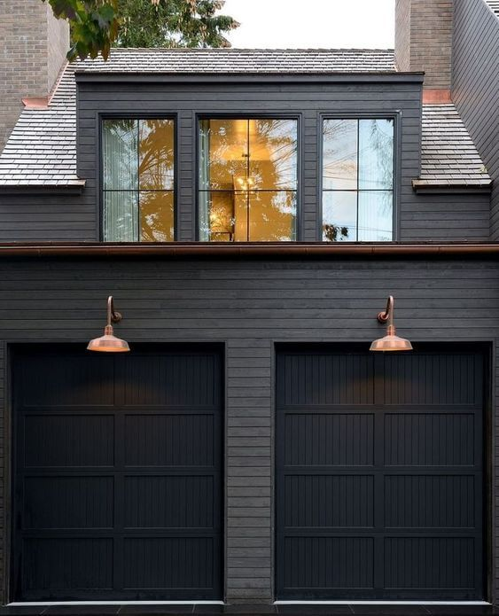 OUTSIDE GARAGE DECORATING IDEAS WITH CRYSTAL CLEAR ABOVE GARAGE WINDOWS
