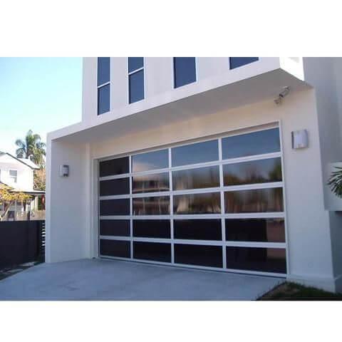 OUTSIDE GARAGE DECORATING IDEAS WITH MODERN GARAGE DOOR