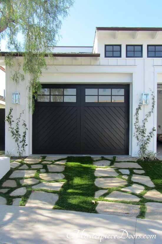 OUTSIDE GARAGE DECORATING IDEAS WITH STONE PAVEMENT